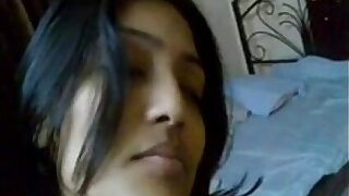 Real Indian Hot Young Couple in Bedroom - Wowmoyback