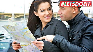 LETSDOEIT - Sexy Foreigner Bella Beretta Bangs With Ex Abroad