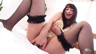 Yuna Hoshizaki :: Shake Her Lascivious Boby 1 - CARIBBEANCOM