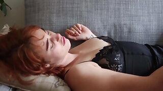 Yanks Molly Broad Masturbating Her Shaved Cunt